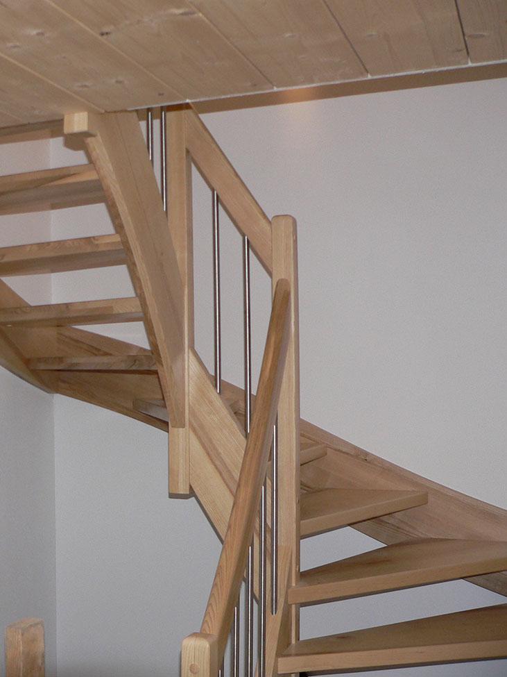 Leistungen-Treppe-Bild-3